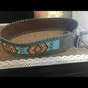 Accessories - Beautiful grey, western leather belt